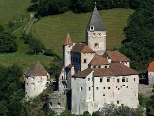 Castel_Trostburg