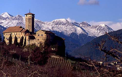 Castel_Valer